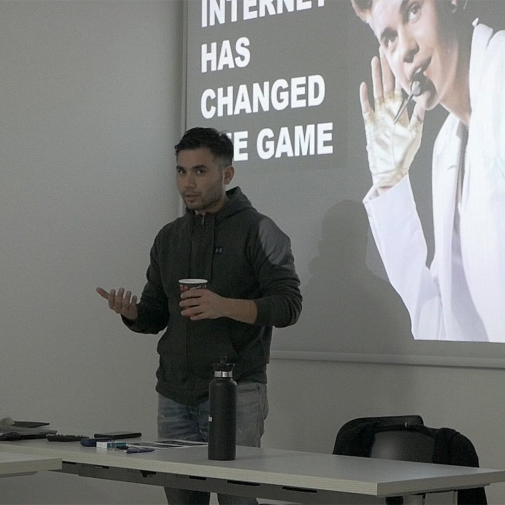 Giannos at presentation